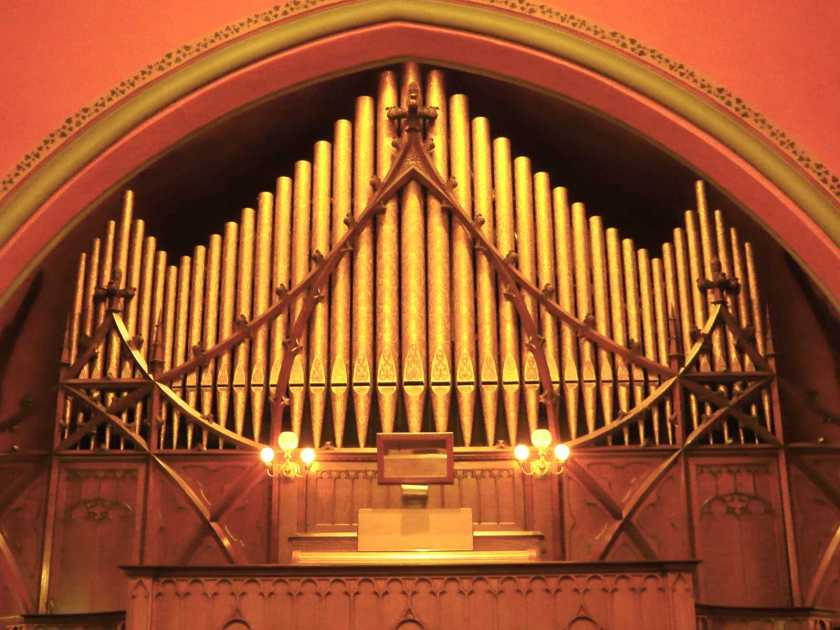 Johnson Pipe Organ, Pullman Memorial Universalist Church, Albion, NY