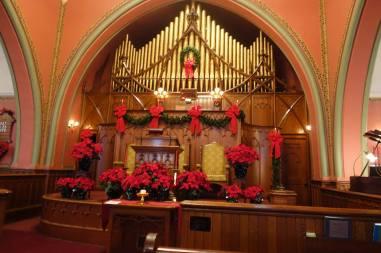 Winter Sanctuary, Decorated by Bill Lattin